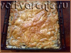 Готовый пирог с вареньем