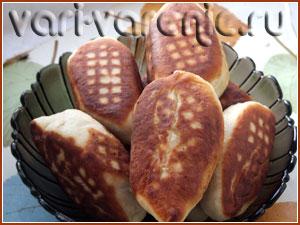 Жареные пирожки с вареньем готовы